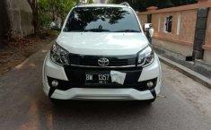 Mobil Toyota Rush 2016 TRD Sportivo terbaik di Riau