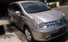 DIY Yogyakarta, Nissan Grand Livina XV 2008 kondisi terawat