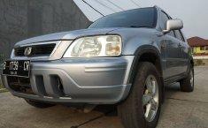 Jual mobil bekas Honda CR-V 2.0 i-VTEC 2001 dengan harga murah di DKI Jakarta