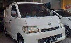 Jawa Timur, Daihatsu Gran Max Blind Van 2010 kondisi terawat