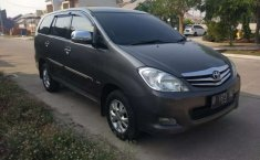 Mobil Toyota Kijang Innova 2010 2.0 G dijual, Jawa Barat