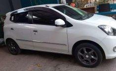 Jual Daihatsu Ayla X 2015 harga murah di Jawa Barat
