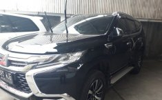Jawa Timur, dijual mobil Mitsubishi Pajero Sport Dakar 4x4 2017 harga murah