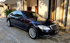 Mobil Mercedes-Benz S-Class S 300 L 2011 dijual, DKI Jakarta