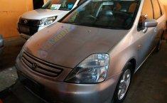 Jual mobil Honda Stream 2.0 2002 harga murah di DIY Yogyakarta