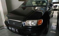 Jual mobil bekas Hyundai Trajet GLS 2004 dengan harga murah di DIY Yogyakarta