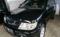 Jual mobil Isuzu Panther 2.3 Manual 2015 terawat di DIY Yogyakarta