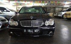 Dijual mobil bekas Mercedes-Benz C-Class 230 2006, DKI Jakarta