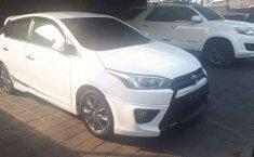 Mobil Toyota Yaris 2015 S terbaik di Bali