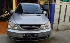 Jual mobil bekas murah Kia Carens 2004 di Jawa Barat