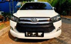 Mobil Toyota Kijang Innova 2017 V terbaik di Bali