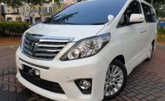 Mobil Toyota Alphard 2012 SC dijual, Banten