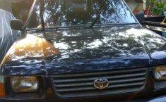Mobil Toyota Kijang Pick Up 1998 terbaik di Jawa Barat