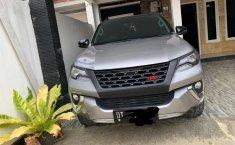 Jual Toyota Fortuner SRZ 2018 harga murah di Sulawesi Selatan