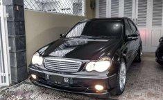 Dijual mobil bekas Mercedes-Benz C-Class C 240, Jawa Barat