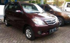 Mobil Daihatsu Xenia 2011 Li DELUXE terbaik di Banten