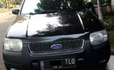 Jual mobil bekas murah Ford Escape XLT 2004 di DKI Jakarta