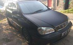Kia Carens 2002 Bali dijual dengan harga termurah