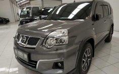Jual mobil bekas Nissan X-Trail 2.5 2012 dengan harga murah di DIY Yogyakarta