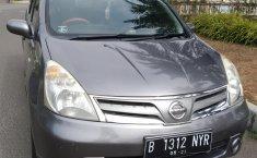 Jual mobil Nissan Grand Livina SV 2013 murah di Banten