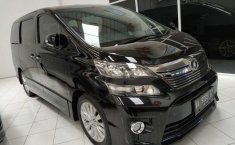 Jual mobil Toyota Vellfire 2.4 NA 2012 harga murah di DIY Yogyakarta