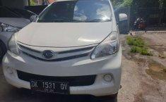 Mobil Daihatsu Xenia 2014 M DELUXE terbaik di Bali