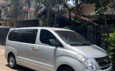 Mobil Hyundai H-1 2010 XG terbaik di DKI Jakarta