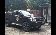 Mobil Toyota Hilux 2015 E terbaik di Banten