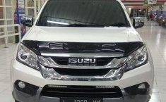 Jual mobil Isuzu MU-X 2015 bekas, Jawa Timur