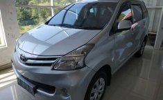 Jual mobil bekas Toyota Avanza E 2012 di DI Yogyakarta