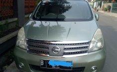 Jual mobil Nissan Grand Livina Ultimate 2010 bekas di Banten