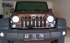 Jual mobil Jeep Wrangler Rubicon Unlimited 2015 harga murah di DKI Jakarta