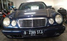 Jual mobil bekas murah Mercedes-Benz E-Class E 320 1996 di DKI Jakarta