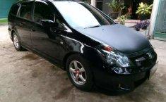 Mobil Honda Stream 2005 2.0 terbaik di Banten