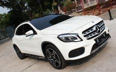 Jual mobil bekas murah Mercedes-Benz GLA 200 AMG SPORT AT 2017 di DKI Jakarta