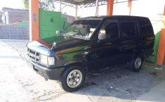 Mobil Isuzu Panther 1992 terbaik di Jawa Barat