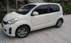 Mobil Daihatsu Sirion 2013 D terbaik di Jawa Barat