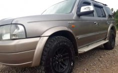Jual mobil Ford Everest XLT 2004 bekas, Jawa Barat