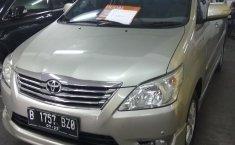 Jual mobil Toyota Kijang Innova V Luxury 2012 murah di DKI Jakarta