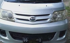 Jual cepat Daihatsu Luxio D 2010 di Sumatra Barat
