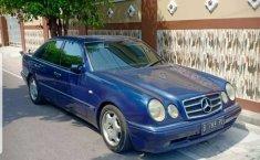 Jual mobil bekas murah Mercedes-Benz E-Class E 230 1996 di Jawa Tengah