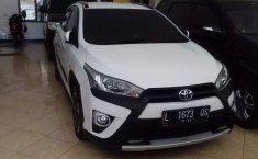 Jual mobil Toyota Yaris Heykers 2016 bekas, Jawa Timur