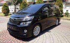 Jawa Timur, Toyota Vellfire ZG 2012 kondisi terawat