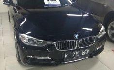Jual mobil BMW 3 Series 328i 2012 bekas di DKI Jakarta