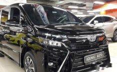 Mobil Toyota Voxy 2018 terbaik di DKI Jakarta