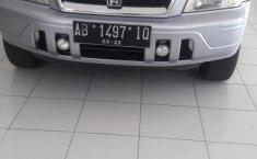 Jual mobil bekas murah Honda CR-V 1.5 VTEC 2001 di DIY Yogyakarta