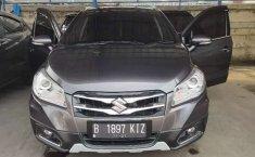 Jawa Barat, Suzuki SX4 S-Cross 2016 kondisi terawat