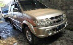Jual mobil bekas murah Isuzu Panther GRAND TOURING 2004 di DIY Yogyakarta