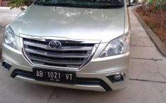 Jual mobil bekas murah Toyota Kijang Innova 2.0 G 2005 di DIY Yogyakarta