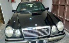 Jawa Barat, Mercedes-Benz E-Class E 320 2000 kondisi terawat